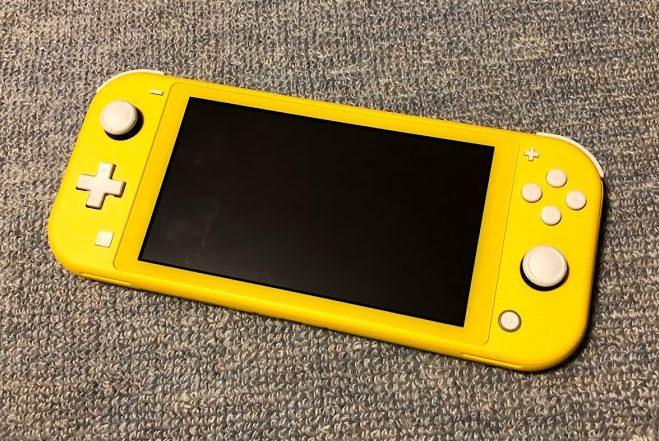 Nintendo Switch Lite イエローを買って使ってみた感想まとめ